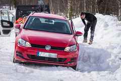 oopsy (Tiomax80) Tags: oopsy blooper backstage haha funny memory car stuck snow ice front wheel frontwheel 2wd cold dig digging sami volkswagen golf arjeplog norrbotten sverige sweden swede swedish lapland red white road roadtrip headlights tiomax tsi estate forest woods alone lost help sos mayday fun nikon d610 nikkor 85mm travel trip adventure