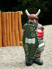 I`m only the guard! (Herr Nergal) Tags: hx400v sony deutschland braunshausen summer viking shield