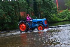 IMG_0411 (Yorkshire Pics) Tags: 1006 10062017 10thjune 10thjune2017 newbyhalltractorfestival ripon marchofthetractors marchofthetractors2017 ford fordcrossing river rivercrossing tractor tractors farmingequipment farmmachinery agriculture yorkshire northyorkshire