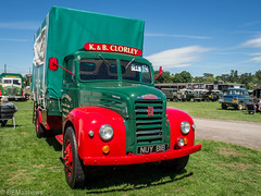 Mid Shropshire Vintage show (Ben Matthews1992) Tags: mid shropshire vintage show shrewsbury salop england old historic preserved preservation vehicle transport haulage rally lorry truck wagon waggon commercial classi 1954 ford fordson thames et6 clorey nuy818 dropside 4d