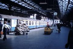 Platform 4 (ee20213) Tags: britishrail preston royalmail mk2 wcml intercity bfk
