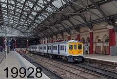 robfrance5d2_19928_140417_x319366_liverpool_lime_street_nt_edr16lr6pse15weblowres (RF_1) Tags: 2017 319 319366 arriva brel britain britishrailengineering britishrailengineeringltd class319 db deutschebahn electricmultipleunit emu england franchise greatbritain limest limestreet liverpool liverpoollimest liverpoollimestreet localtrain localtrains northern northernengland northernrail passengertrain publictransport railway railways stoppingtrain stoppingtrains train trains transport travel traveling uk unitedkingdom