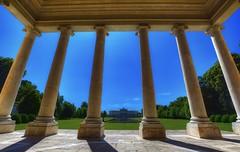 Colonne (giannipiras555) Tags: villa palladio colonne verde colori cielo arte museo italia