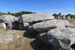 099 Carnac - Alignements de Kermario (Photos et Voyages) Tags: carnac morbihan bretagne alignements kermario menhir
