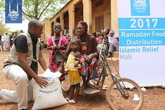 RS79352_Mali Ramadan Distribution 2017 - Day 2 (29).jpg