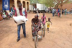 RS79354_Mali Ramadan Distribution 2017 - Day 2 (36).jpg