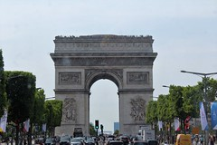 Arc de Triomphe/The Triumphal arc (natalia.bird_nerd) Tags: building arc arcdetriomphe thetriumphalarc paris france