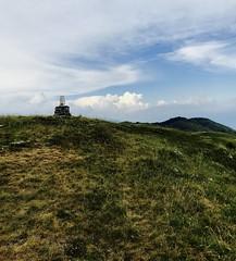 Croce monte Sparavera (manuel_caruso) Tags: montagna vetta croce nuvole