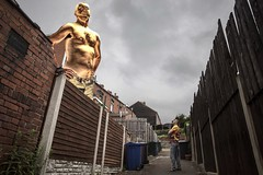 272/375 Gift .. The wife's birthday gift has finally arrived! A 30ft gold statue of myself. Thank you jules! (christopher.czlapka) Tags: bling goldstatue gold flickr project365 photo present gift