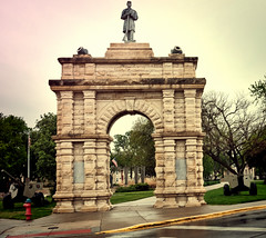 Veteran's Memorial Gate ~ 1898 (Pete Zarria) Tags: kansas small town midwest