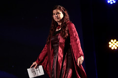 Melisandre cosplayer (Gage Skidmore) Tags: melisandre red woman cosplay cosplayer con thrones game hbo 2017 gaylord opryland resort convention center nashville tennessee