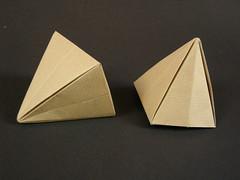 Pyramidal containers (Mélisande*) Tags: mélisande origami box pyramid a
