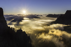 Sunrise over the Drakensberg (golan) Tags: d810 drakensberg march southafrica travel adventure camping trekking sunrise clouds cloud inversion sun peak mountains