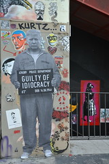 Idiocracy (Jeanne Menjoulet) Tags: donaldtrump wall paris france idiocracy democracy idiot