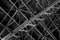 Imperial Sugar - Structural Framing (Mabry Campbell) Tags: 2017 fortbendcounty houston imperialsugar mabrycampbell may sugarland texas usa blackandwhite ceiling chaos decay decaying historic image industry interior landmark metal monochrome old photo photograph rafters up warehouse f32 may312017 20170531campbellh6a4344 100mm ¹⁄₈₀sec 4000 ef100mmf28lmacroisusm