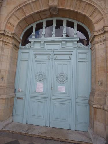 Palais de Justice - Rue du Tribunal, Beaune - door