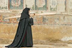 salutation (vtossuma) Tags: monastère moniale fêtereligieuse roumanie orthodoxe cheval charrette campagne transylvanie