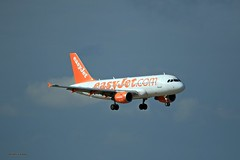 Easyjet G-EZFY J78A1209 (M0JRA) Tags: easyjet gezfy manchester airport planes jets flying aircraft runways sky clouds otts