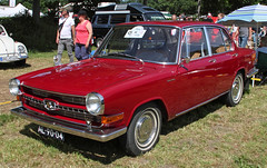 1700 (Schwanzus_Longus) Tags: bockhorn german germany old classic vintage car vehicle sedan saloon glas 1700