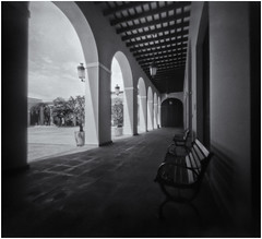 Fotografía Estenopeica (Pinhole Camera) (Black and White Fine Art) Tags: aristaedu400 pinhole4214x214 pinhole03mm niksilverefexpro2 lightroom3 camaraestenopeica estenopo pinhole sanjuan oldsanjuan viejosanjuan puertorico bn bw