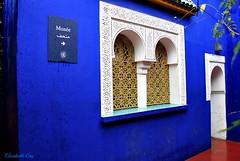 MAROCO 01-2015 150 (Elisabeth Gaj) Tags: maroco012015 elisabethgaj marrakech afryka travel ar chitecture building windows