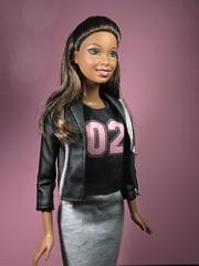 BARBIE  AUBURN UNIVERSITY AU TIGERS CHEERLEADER (kostis1667) Tags: barbie collector 2012 auburn university au tigers cheerleader