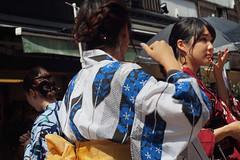 浅草寺 (wilsonphoto_a) Tags: kimono 着物 tokyo streetphotography japan japanese phenix50mmf17 50mm
