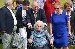 At The Anniversary Party (Joe Shlabotnik) Tags: johnm july2017 verne 2017 maine phyllis nancy afsdxvrzoomnikkor18105mmf3556ged