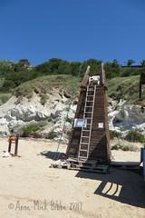 LA SEDE DEL BAGNINO || DE ZETEL VAN DE STRANDWACHT || THE SEAT OF THE LIFEGUARD (Anne-Miek Bibbe) Tags: sicilië sicilia sicily oostsicilië italia italië italy zee sea turksetrappen canonpowershotsx280hs annemiekbibbe bibbe 2017 scaladeiturchi turkishsteps mare spiaggia strand beach strandwacht lifeguard bagnin0