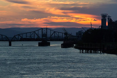 Cascades Daylight At Sunset (PNW Rails Photography) Tags: vancouver washington unitedstates sp 4449 southern pacific columbia river draw fallbridgesubdivision downtown bridge drawbridge cascades daylight steam locomotive engine train passenger gs4 lima may 1941