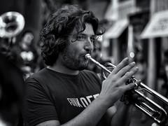 Umbria Jazz 2017 (R.o.b.e.r.t.o.) Tags: funkoff band banda jazz streetparade musica music perugia umbria italia italy biancoenero bw people musicisti monocromo blackandwhite monochrome ritratto portrait
