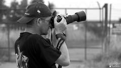 Jean Luc - Portrait (Laurent Quérité) Tags: flickrunitedaward canonef100400mmf4556lisusm canoneos7d meetingaérien airshow dijon france spotter photographe portrait man ba102 canonfrance noirblanc blackwhite monochrome