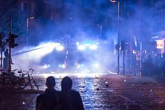 G20 Hamburg: Schanzenviertel #32 (dustin.hackert) Tags: g20 hamburg krawalle nog20 polizei roteflora sek schanze schanzenviertel schulterblatt schwarzerblock tränengas vandalismus wasserwerfer