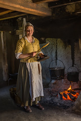 A1000749 (sswee38823) Tags: 17centuryreenactment 17thcentury plimothplantation girl youngwoman woman cooking indoor indoors inside interior fire costume pilgrim pilgrims plymouth plymouthma plymouthplantation museum portrait leica leicacamera leicam10 m10 m 10 rangefinder 35mm 35 summilux35 summiluxm11435asph leicasummiluxm35mmf14asphfle leicasummilux35 people ma massachusetts newengland leicacameraagleicam10