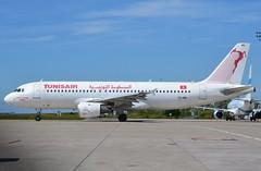 "TS-IMG, Airbus A320-211, c/n 390, Tunisair, ""Abou El Kacem Chebbi"", CDG/LFPG, 2017-05-23, departing T3 ramp. (alaindurandpatrick) Tags: tsimg cn390 a320 a320200 airbus airbusa320 airbusa320200 minibus jetliners airliners tu tar tunair tunisair sociététunisiennedelair airlines airlinesoftunisia airlinesofafrica cdg lfpg parisroissycdg airports aviationphotography"