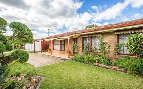 358 Parkland Crescent, Lavington NSW