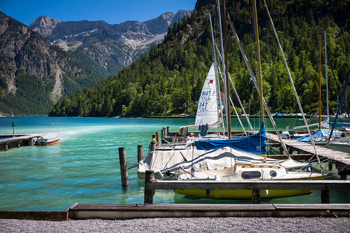 Boote (Chris Buhr) Tags: plansee boot boote masten see lake blau shades blue landscape landschaft bergsee berge alpen alps leica m10 chris buhr