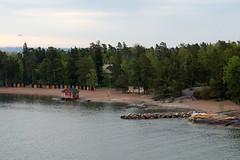 Helsinki harbour islands (mattk1979) Tags: outdoor sun helsinki finland city europe baltics island sunrise clouds sky