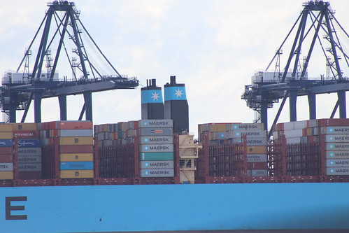 Madrid Maersk - Harwich 07-06-2017 8 - a photo on Flickriver