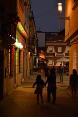 Noches de verano (Juan M. Galiñanes) Tags: cangasdemorrazo nocturna galicia pontevedra noche street urban lights citylights colores verano summer