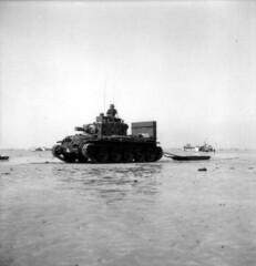 6juin1944 secondeguerremondiale wwii ww2 battleofnormandy matériel bernieressurmer calvados