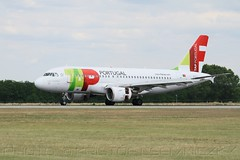 TP1312 directly from Lisbon | A319 CS-TTD | Budapest Airport | RWY 31R (KristofCs) Tags: tap portugal budapest flight opening relaunch ferihegy bud lhbp airport lisbon a319 csttd airbus landed