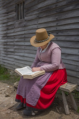 A1000779 (sswee38823) Tags: plimothplantation pilgrim pilgrims 17centuryreenactment 17thcentury women woman outside outdoor outdoors hat costume reenactment plymouth plymouthma plymouthplantation museum live newengland leica leicam leicacamera m10 leicam10 summiluxm11435asph summilux35 leicasummiluxm35mmf14asphfle leicasummilux35 summilux 35mm 35 f14 people photography photograph photo seansweeney seansweeneyphotographer