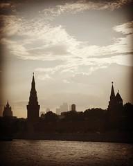 #mymoscow #moscow #kremlin #river #horizon #moscowriver #evening #kremlintowers #city #moscowcity #clouds #sky #summerevening #different #моямосква #москва #кремль #река #горизонт #москварека #горизонт #вечер #кремлевскиебашни #кремлевскийдворец #сити #мо (borisp2) Tags: москвасити moscow москварека evening horizon river city clouds mymoscow москва небо moscowcity moscowriver вечер summerevening летнийвечер сити kremlintowers кремлевскийдворец sky кремлевскиебашни река разное different облака kremlin кремль горизонт моямосква
