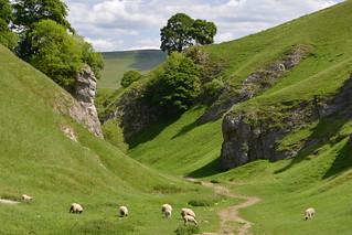 Cave Dale, Castleton, Peak District National Park, Derbyshire, England.