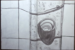 hast Du vergessen, dass der Mittag kommt und Deine Seele verbrennt (raumoberbayern) Tags: sketchbook skizzenbuch sketch robbbilder snail schnecke fence gartenzaun licht schatten rost rust france frankreich