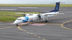 Bombardier Dash 8 approaching Horta 170616_017 (jimcnb) Tags: 2017 juni urlaub azoren azores açores faial horta airport castelobranco cstrg bombardier dash 8 film video sata