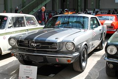 #123 Ford Mustang 289 1965 (seb !!!) Tags: grise grigio gris grau gray cinza bande strip streifen tira striscia noir nero negro schwartz black preto american america americaine amerique usa us united state muscle car 2017 auto automobile automovel automovil automobil coupé coach canon 1100d cars course sportive anciennes ancienne old oldtimers populaire paris seb france voiture wagen tour optic 2000 grand palais race racing competition photo picture foto image bild imagen imagem classique classic klassic chrome