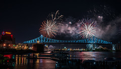 Jacques Cartier Bridge Light show & Fireworks, Take 2 (-> LorenzMao <- Catching up) Tags: httpwwwlorenzmaophotographycom jacquescartierbridge lightshow fireworksdisplay fireworks waterreflection water molson multicolor people quebec montreal montréal canada bridge