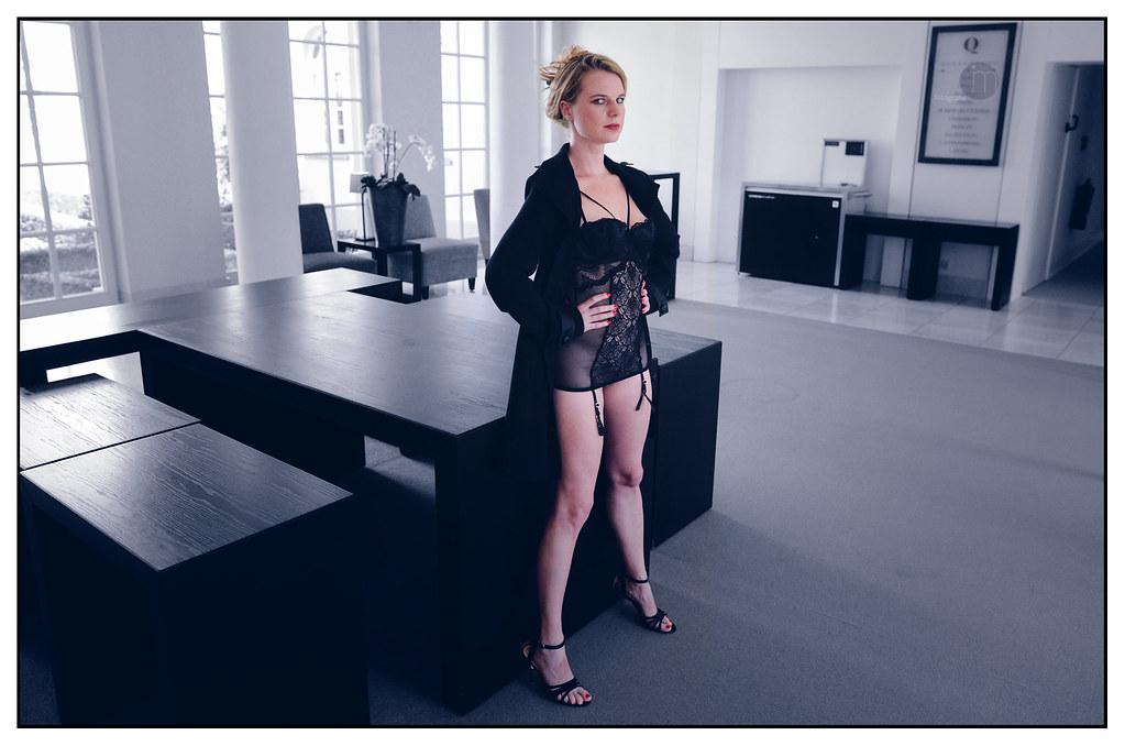 Amber Nicole Miller Nude